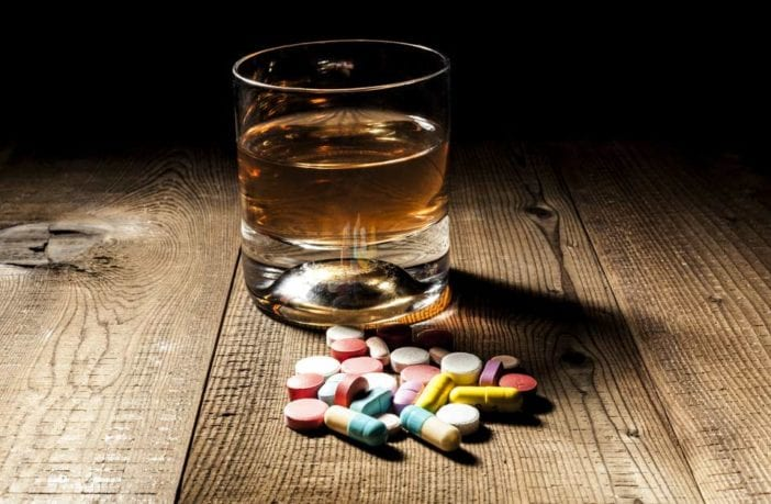 bebiba alcool medicamentos