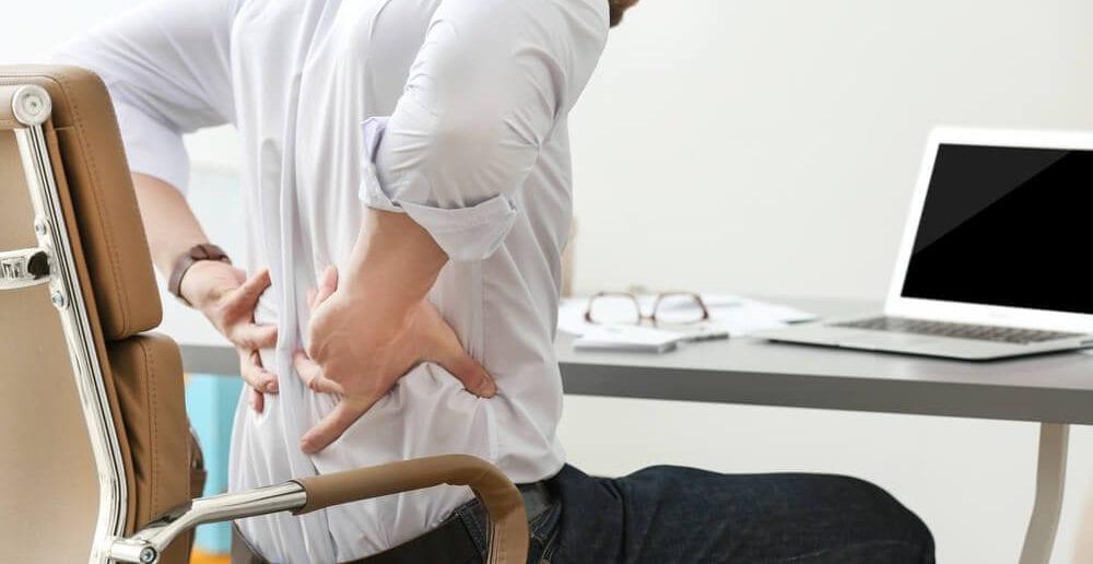 sintomas e tratamento do nervo ciático inflamado