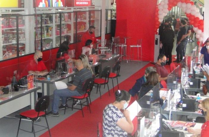 mega-feirao-ebc-atacado-de-cosmeticos-traz-promocoes-e-workshops