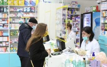 brasileiro-vai-mais-a-farmacia-durante-pandemia