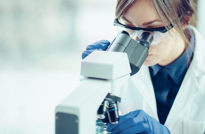 farmácias-exames-laboratoriais