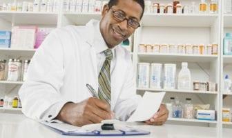 como-gerir-farmacias-e-drogarias